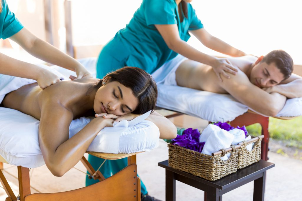 C:\Users\PC\Downloads\spa-massage-therapist-1024x683.jpg